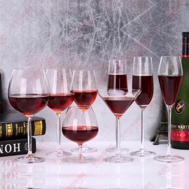 无铅玻璃材质,多种款式选择,高脚红酒杯