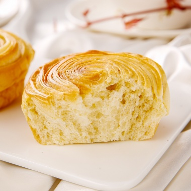 纤丝质感,口口酥香,可以撕着吃的面包