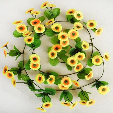 每根长度2.3米左右,约70个花朵,美观精致,大方
